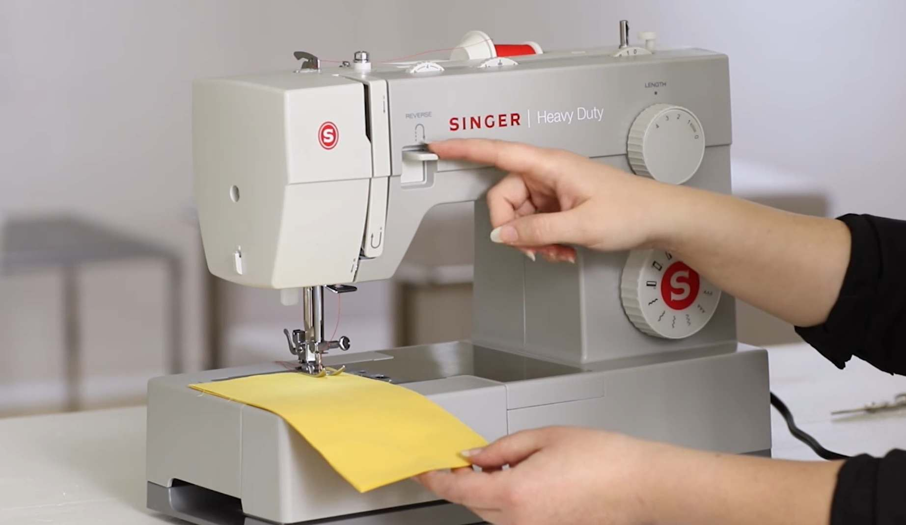 Benefits Of A Heavy-Duty Sewing Machine